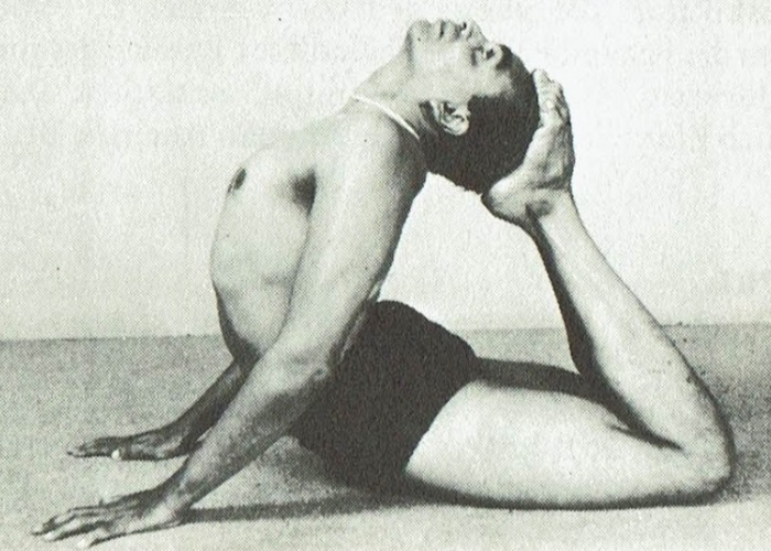 Raja Kapotasana-B.K.S. Iyengar