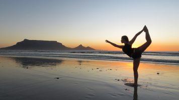 Yoga-Bild von Gary Skirrow auf pixabay